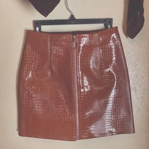 Pretty Little Thing skirt